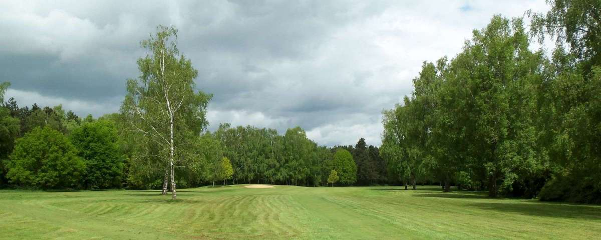 Villarceaux - 13th Hole from Men's tees