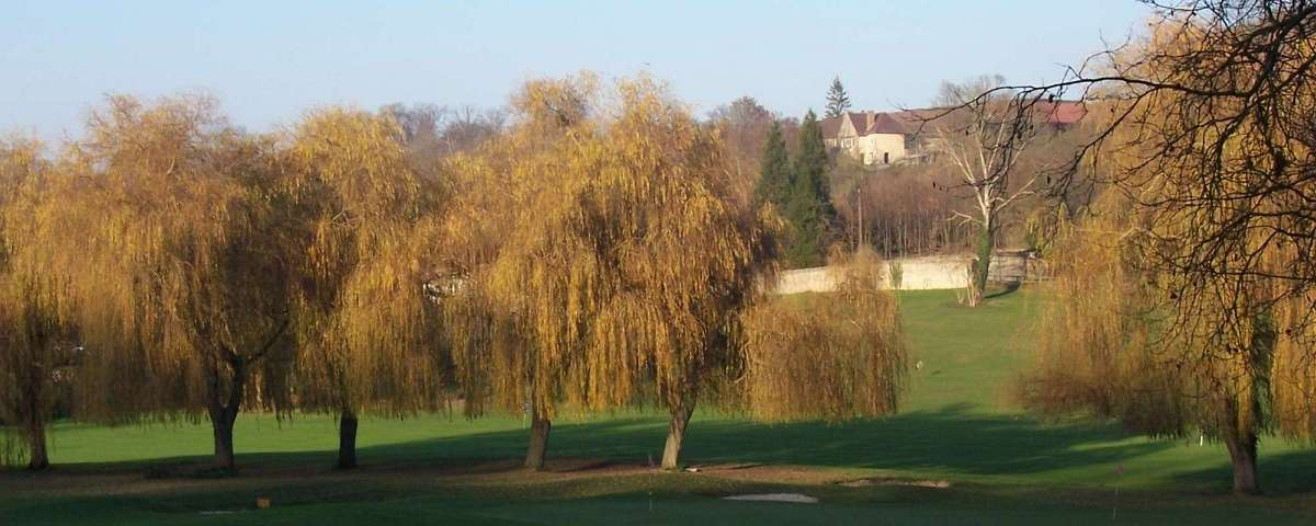 Villarceaux - Across practice grounds towards the Domaine (1)