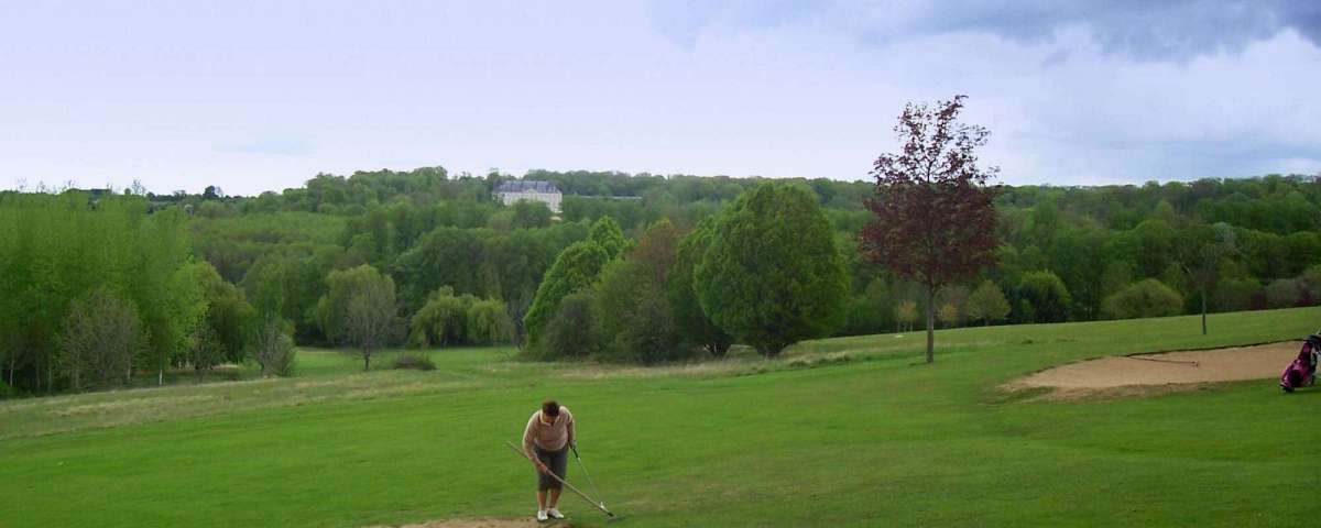 Villarceaux - Chateau du Haut (from 4th Green) (1)